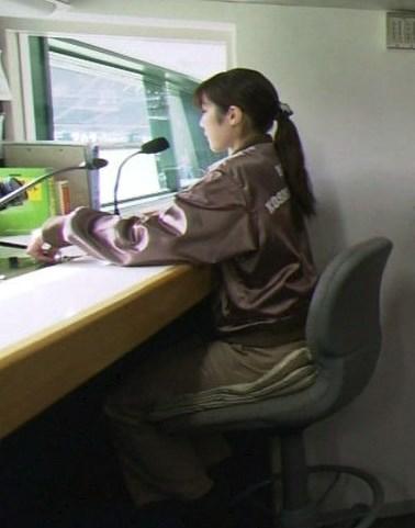 甲子園のウグイス嬢、窪田真子さんのお仕事風景
